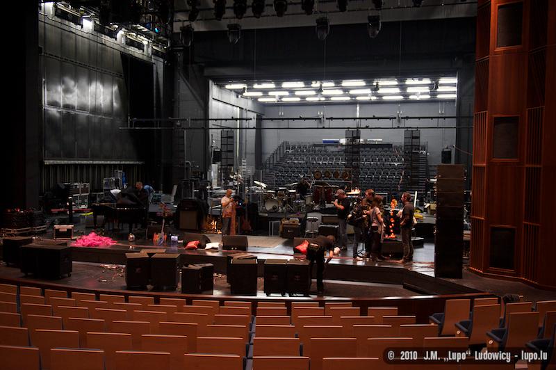 2010-11-13-tttb-grand-theatre-229