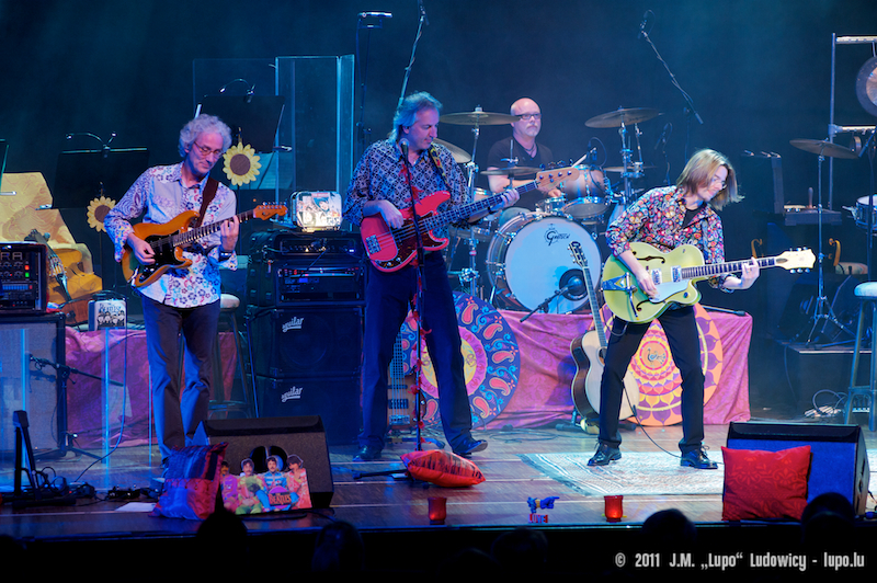 2011-10-22-tribute-to-the-beatles-the-cube-110