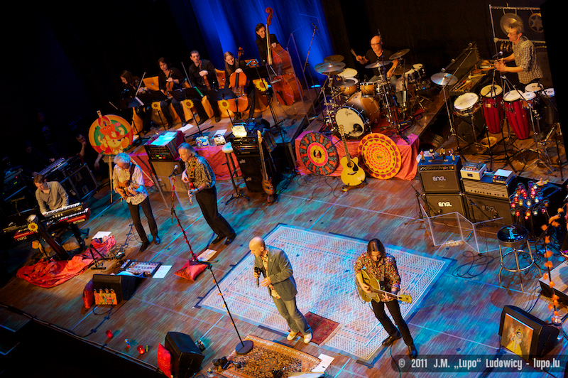 2011-10-22-tribute-to-the-beatles-the-cube-183
